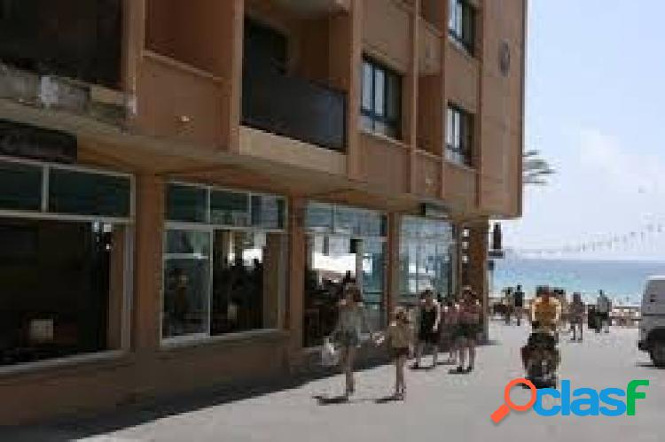 Apartamento de 2ª línea de playa en casco antiguo