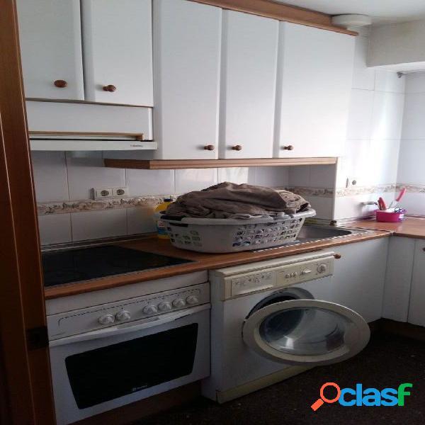 Apartamento en beniardá.1+1 dorm, 1baño,cocina y salón con terraza. de origen.