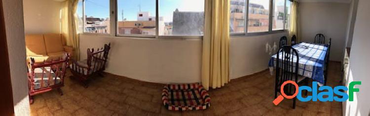 Atico centrico 3 dormitorios 2 baños