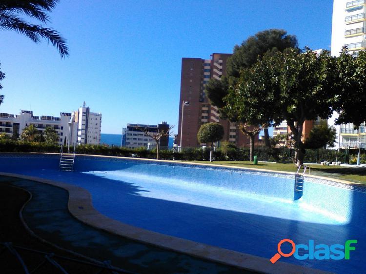 1 dormitorio con parking y piscina 2 linea playa poniente