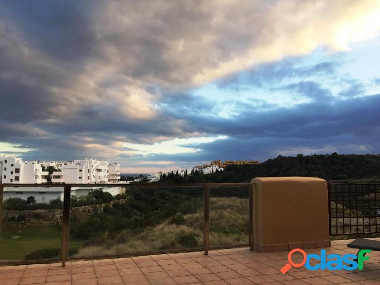 Alquiler precioso piso 2 dormitorios 2 baños con vistas a mar y golf en zona selwo