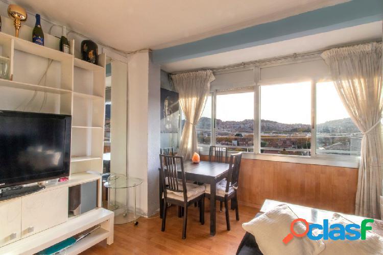 Si te gusta un piso luminoso, este es el tuyo, hazlo a tu gusto.