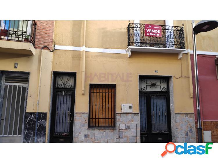 Casa en centro histórico de villena para reformar