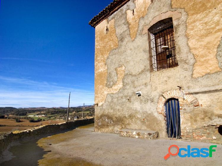 Casa castell, caserón de pueblo en venta municipio de benavarri ribagorza huesca-pirineos