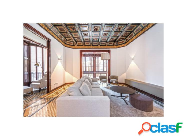 Apartamento de lujo en edificio antiguo en 'paseo del borne'