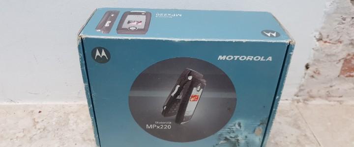 Caja de teléfono móvil motorola.