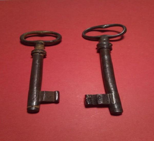 Llaves antiguas de hierro forjado.lote 6