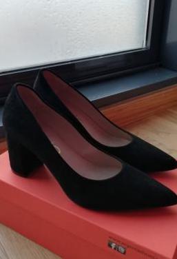 Zapatos salón dibia
