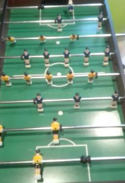 Mueble de futbolin y billar