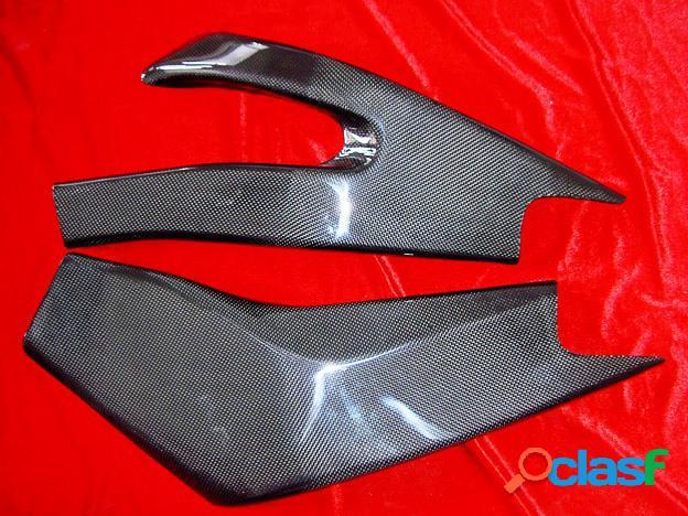 Cubierta para el basculante. motos yamaha yzf r6. años 2006-2007.