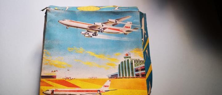 Avion twa con caja original de los años 60