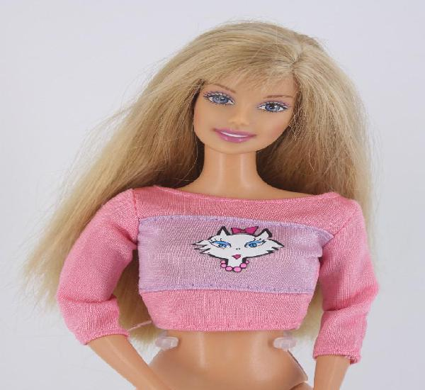 Barbie kitty fun / gato pis pis con camiseta original -