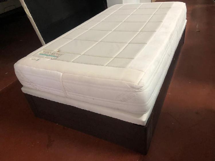 Canapé madera y colchón termopur visco 105x190