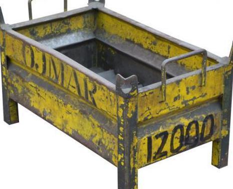 Cestón de metal usado 68 x 43 x 34 cm