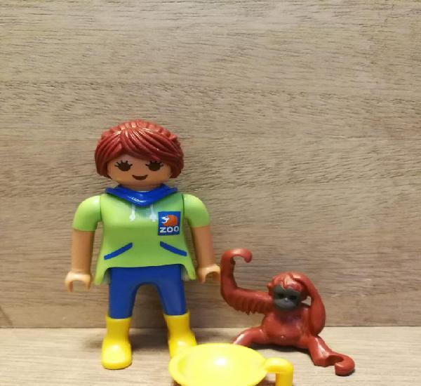 Chica zoo con mono playmobil