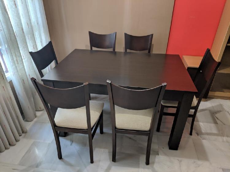 Conjunto mesa comedor y 6 sillas como nuevas
