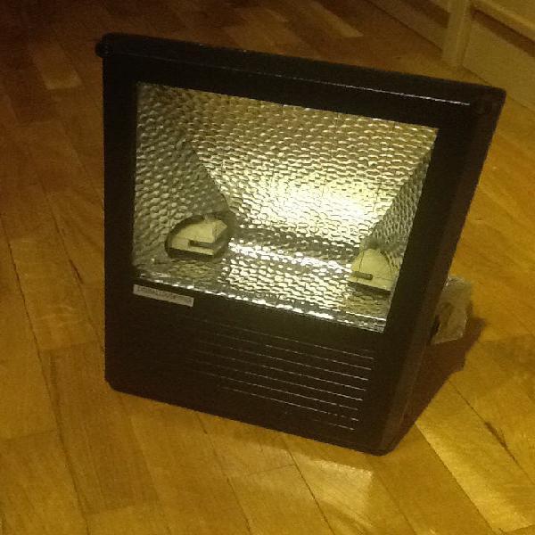 Foco proyector exterior 75w ip65 nuevo
