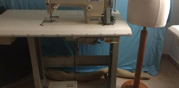 Máquinas de coser singer. sigma. alfa