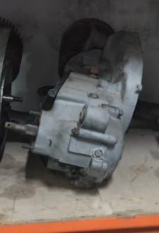 Motor vespa primavera super 125
