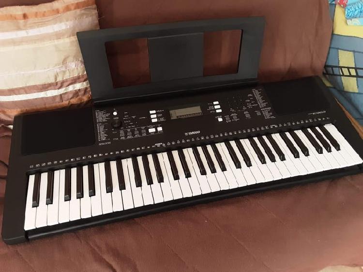 Piano yamaha psr e363