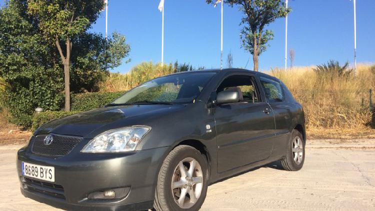 Toyota corolla sedán 1.6 sol