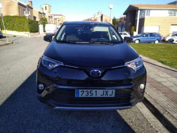 Toyota rav 4 2.5 hybrid del 2017 en barcelona