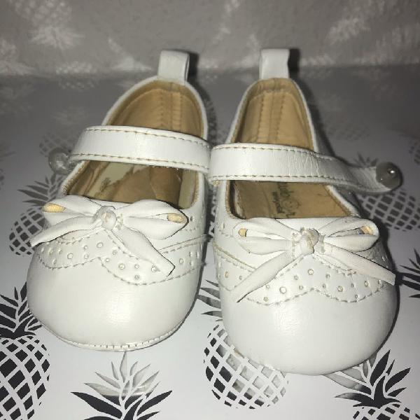Zapatos piel bebé t-18