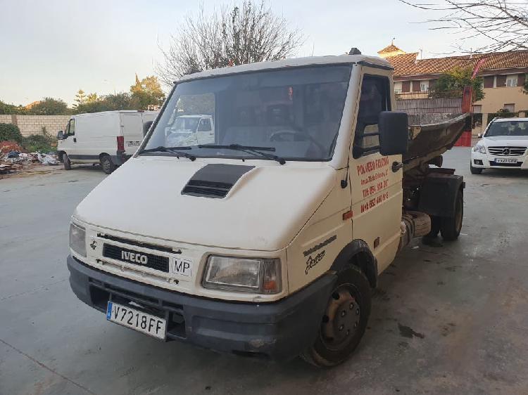 Camion iveco daily multilin cuba