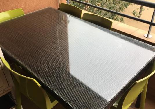 Conjunto mesa de exterior con 6 sillas