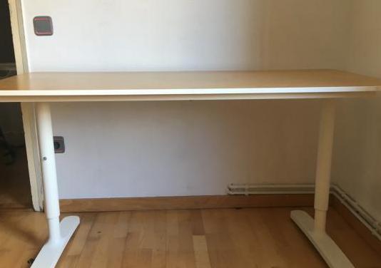 Escritorio Bekant IKEA 140x60