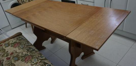Mesa extensible de madera antigua 110 por 70 cm