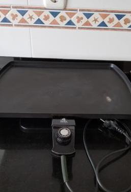 Plancha grill eléctrica fiesta 1200 w