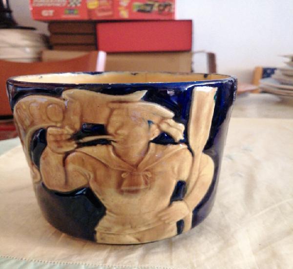 Vaso de porcelana o ceramica