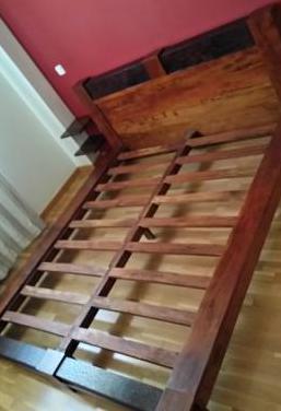 Cama matrimonio madera maciza