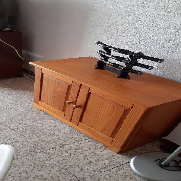 Conjunto de muebles de salón todo madera