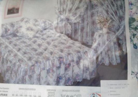 Juego de cama, cortinas y edredón
