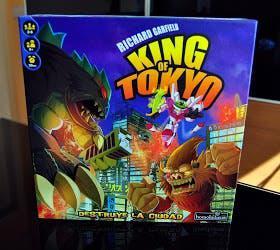 Juego de mesa king of tokyo usado una vez