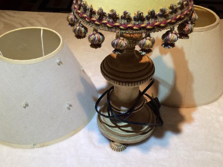 Lámpara vintage pie metal +pantallas