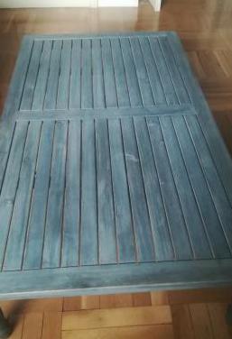Mesa baja de madera de acacia gris