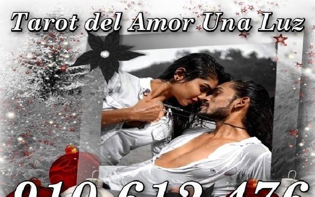 Tienes dudas en el amor? videntes reales 806 a 0.42€/m -
