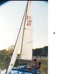 Vendo velero roga 4,70 listo para navegar con remolque