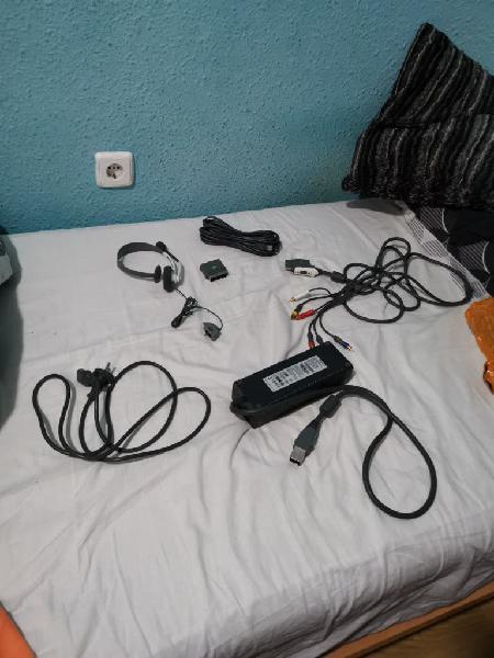 Cables e micrófono xbox360
