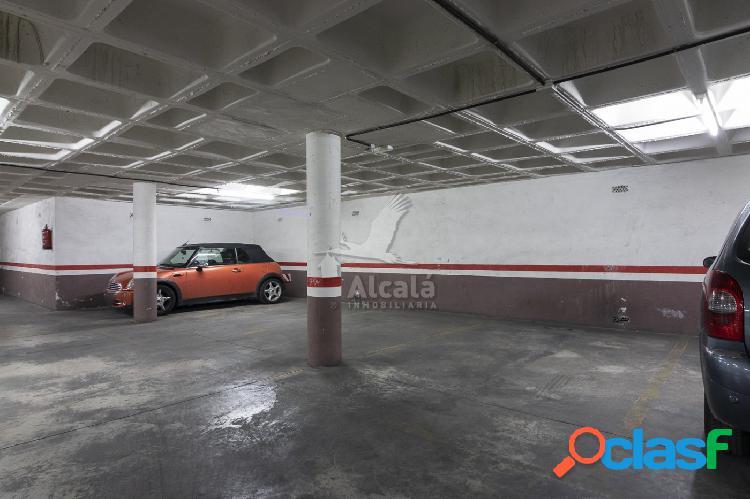 Estupendo garaje en pleno casco histórico de alcalá de henares