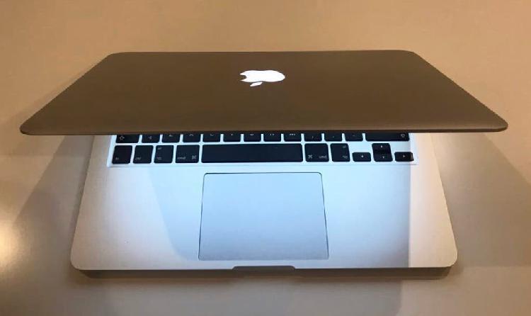 """Apple macbook pro 13"""" retina 1 año de garantía"""
