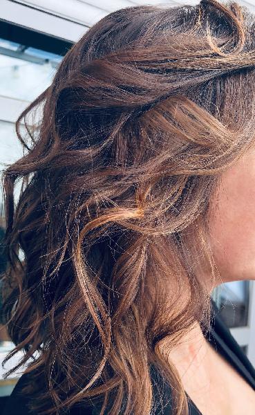 Corte , color, peinado..
