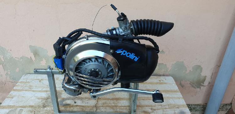Motor vespa 200