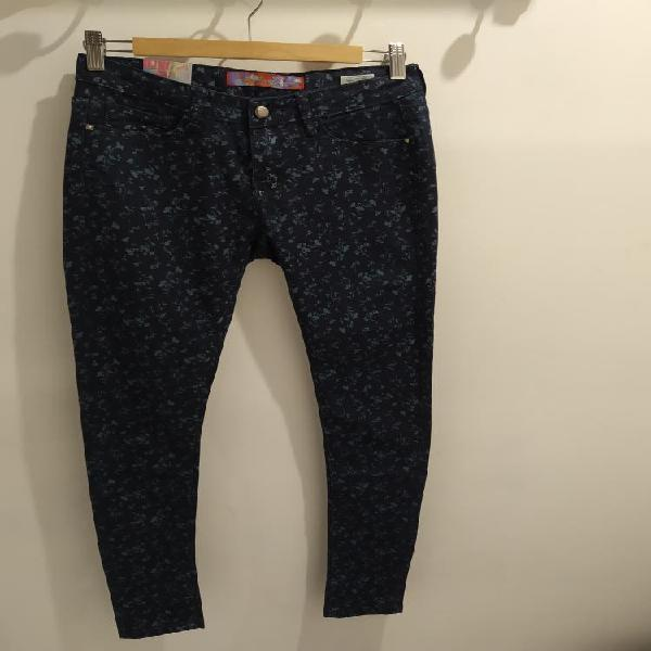 Pantalones nuevos t. 40