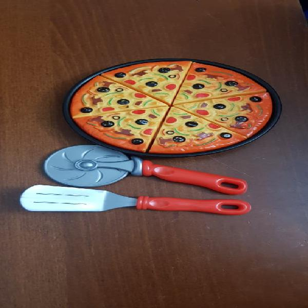 Pizza de juguete.
