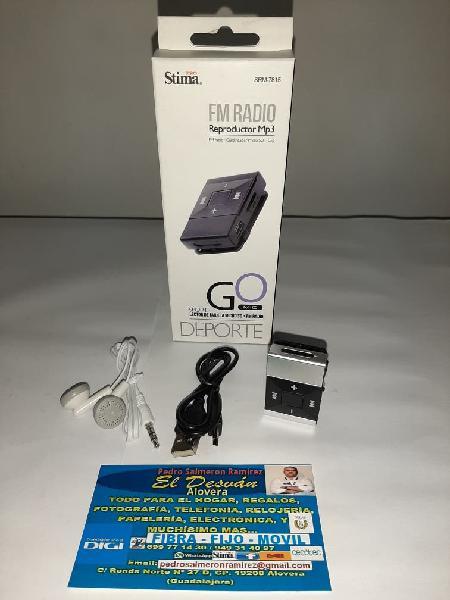 Reproductor mp3, lector de tarjetas, radio fm