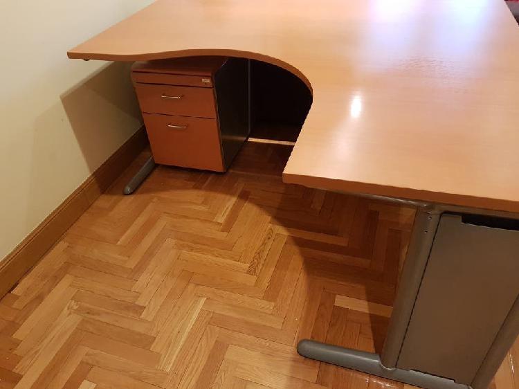 Urge] escritorio oficina